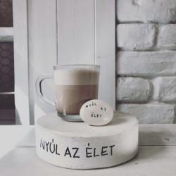 Bisztrónyúl kakaó/forró csoki/ maci kávé + 1 Varázskavics kupon