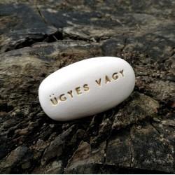 Varázskavics - ÜGYES VAGY arany